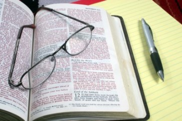 bible-glasses-notebook
