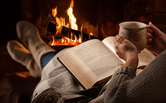 resized_reading_by_the_fire_books_istock